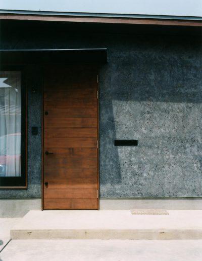 燕のコートハウス