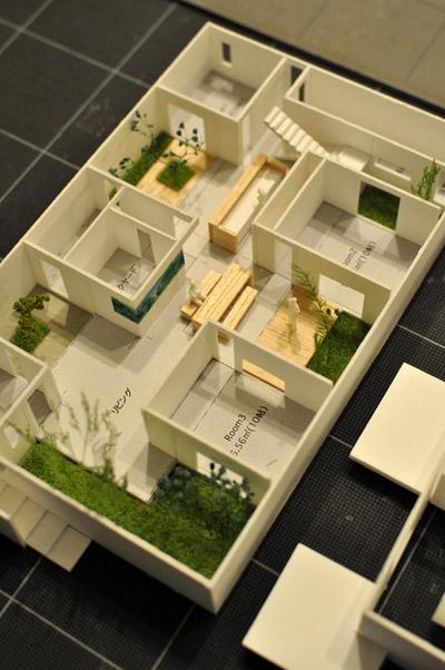 新潟のコートハウス模型