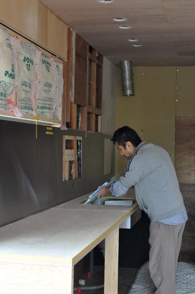 製作キッチン設置