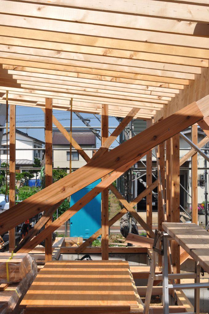 木造建て方作業