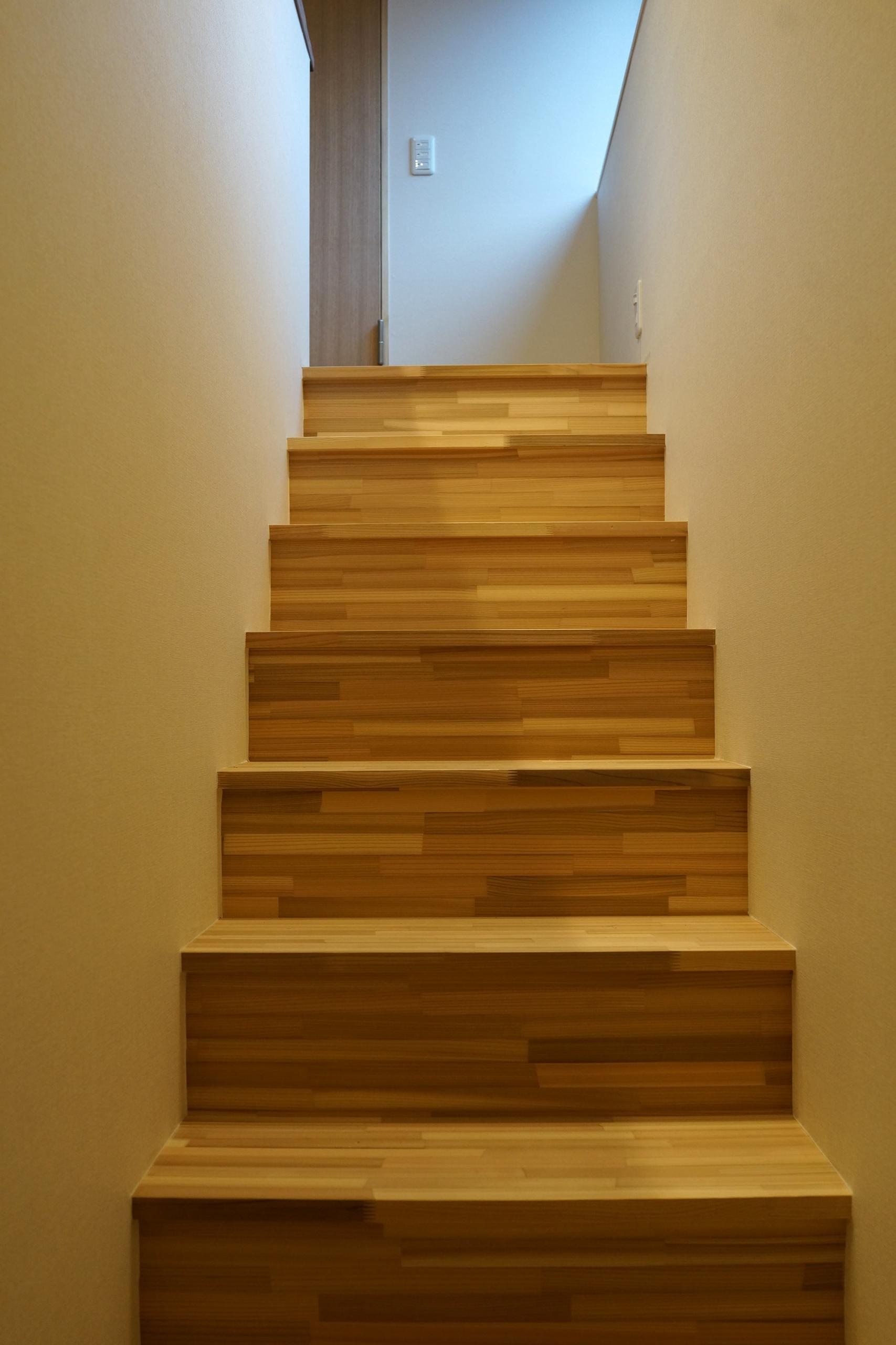 杉集成材階段