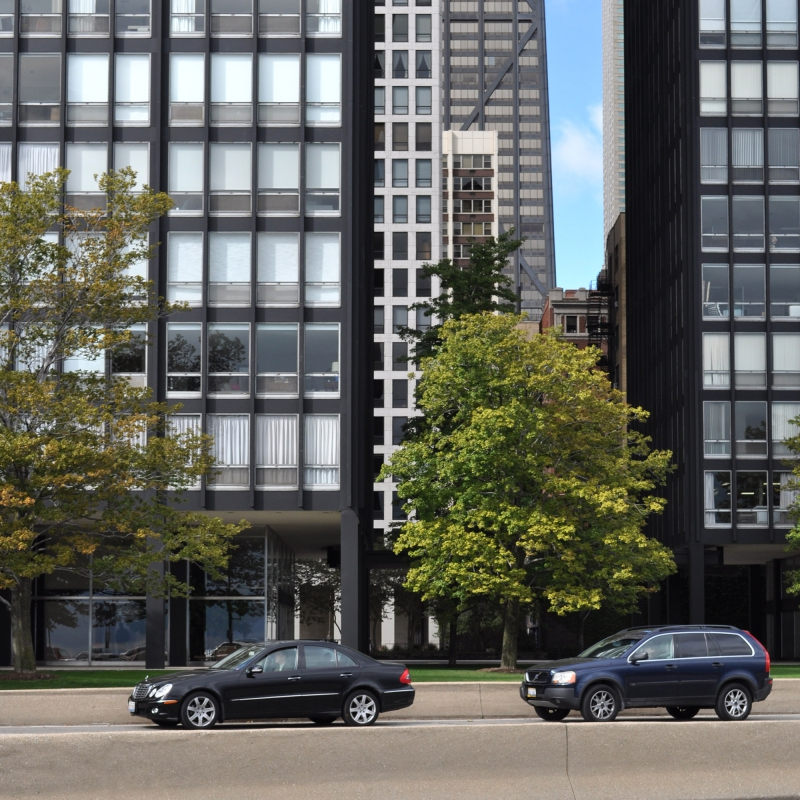 lake shore drive apartments
