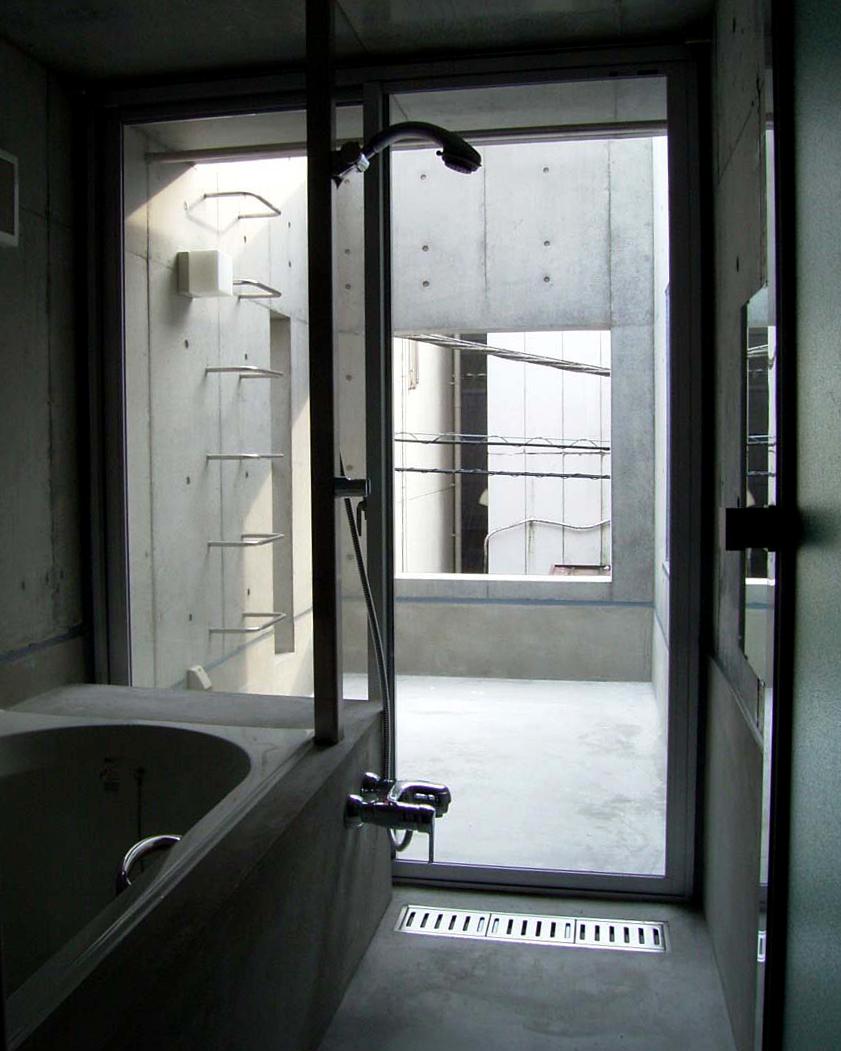 コンクリ打放し浴室